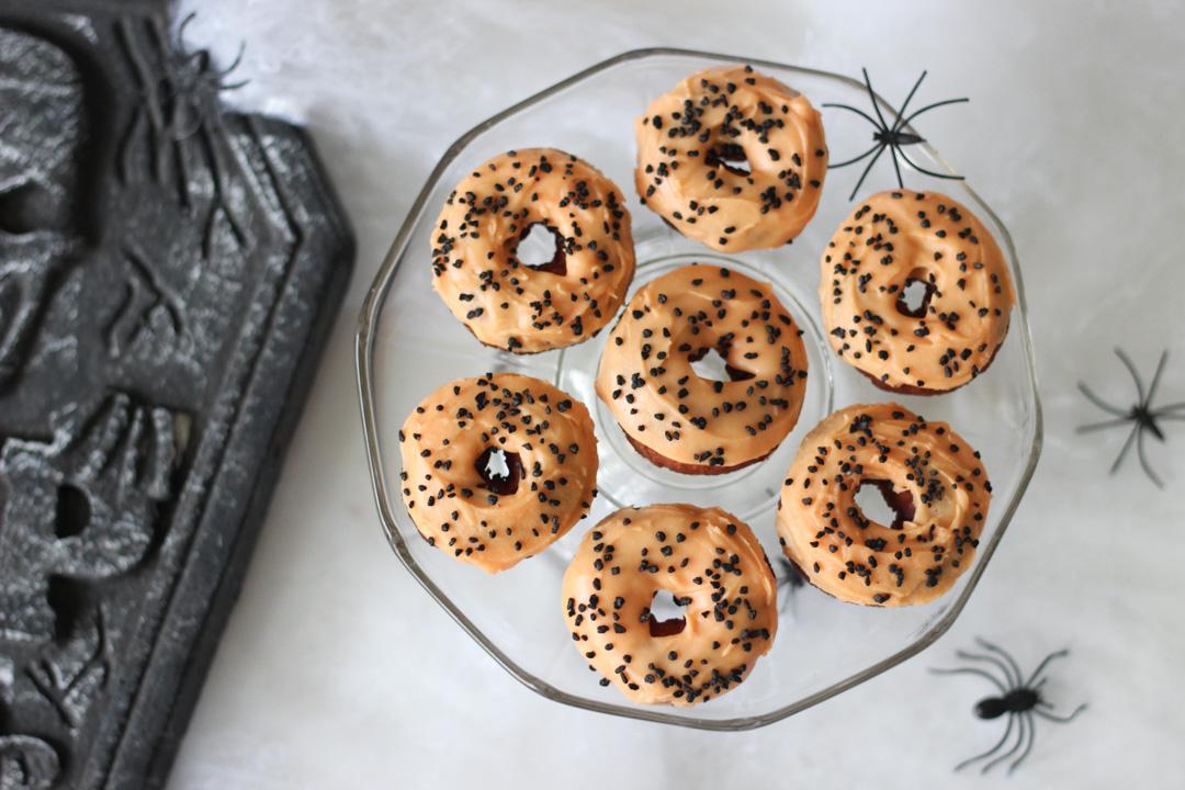 vegaaniset donitsit halloween