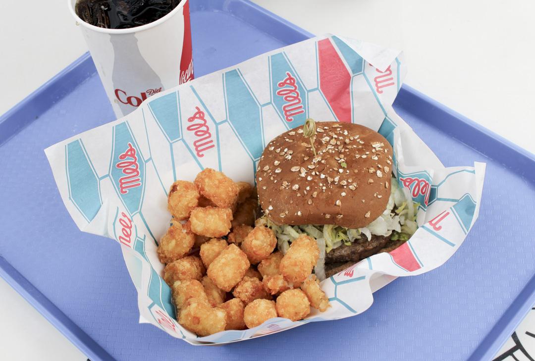 Mels Impossible burger Universal Studios vegaani
